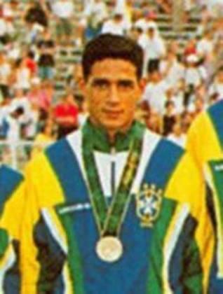 André Luiz - Medalhista de bronze nas Olimpíadas de Atlanta em 1996. Na ocasião, o Brasil venceu Portugal por 5 a 0 na disputa do terceiro lugar
