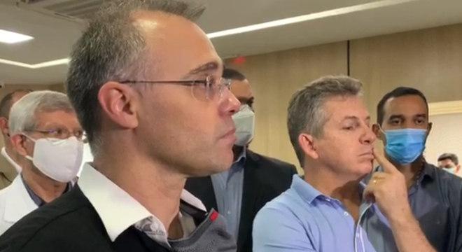 André Mendonça encontra governador do Mato Grosso, Mauro Mendes