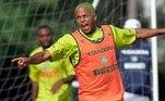 André Neles, chamado de André Balada, morreu em fevereiro de 2020, aos 42 anos, vítima de uma parada cardíaca. Em sua carreira, se envolveu com drogas como cocaína e álcool, que acabaram arruinando uma promissora carreira após início no Atlético-MG e passagem pelo Benfica, indo para o Palmeiras. Encerrou a carreira em 2017.
