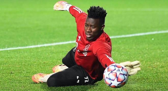 Sem Onana (foto) e Stekelenburg, Ajax terá apenas o terceiro goleiro disponível