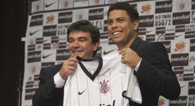 Andrés conseguiu, com Ronaldo, dar primeiro passo para modernização do Corinthians