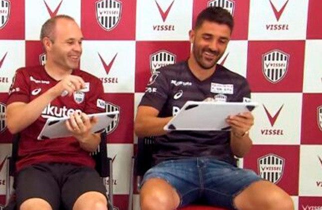 Andrés Iniesta e David Villa: jogaram juntos no Barcelona e no Vissel Kobe-JAP.
