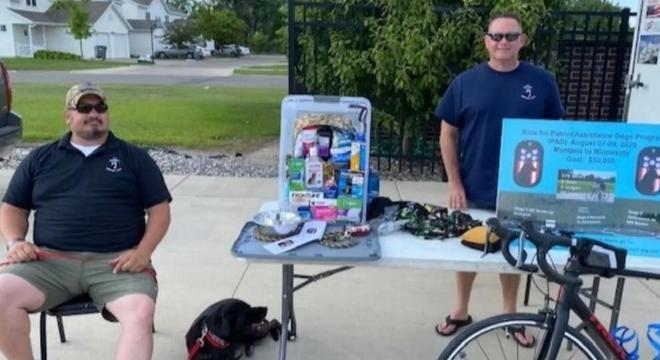 Andrew Nathan e seu amigo ex-militar que tem um cachorro tiveram a ideia de ajudar ONG