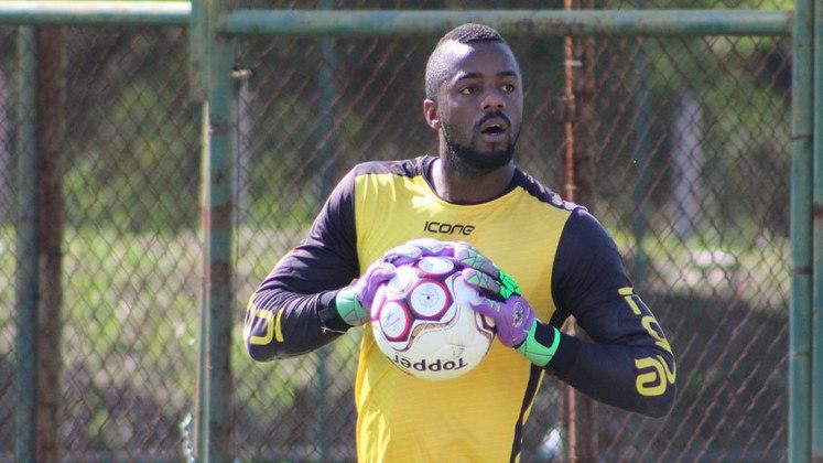 Andrey (Volta Redonda): outro destaque que chama atenção no Volta Redonda é o goleiro Andrey. Até aqui, ele lidera a competição em defesas