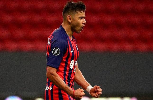 Ángel Romero (Paraguai) - 29 anos - Atacante - Valor de mercado: 6 milhões de euros - Sem time desde: 28/08/2021 - Último clube: San Lorenzo