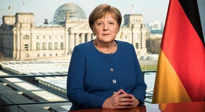 Merkel e líderes dos 'Länder' se reunirão para estudar a situação sobre a doença
