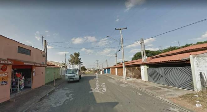 Acidente ocorreu na rua Angelina Zuparto Carneiro, em Itatiba (SP)