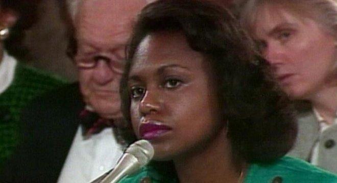 Anita Hill acusou o juiz Clarence Thomas de assédio sexual