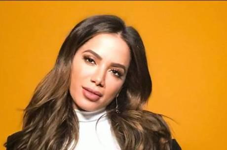 Anitta supera estrelas internacionais no Instagram