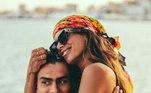 Anitta e Rodrigo não cansam de postar fotos nas redes sociais... Algumas com caras de apaixonados