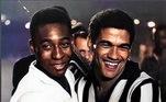 O Botafogo postou uma foto de Pelé com Garrincha: 'Pensa numa dupla que nunca perdeu. Pensou? Tá aí!⚽️ Nossos parabéns ao Pelé vêm com essa parceria inesquecível, que rendeu alegrias ao mundo todo!'