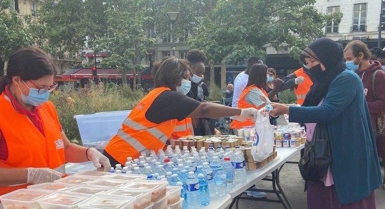 Voluntários participam da 15 dias de Solidariedade de Verão