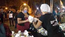 População de rua de Guarulhos (SP) recebe alimento, roupa e dignidade