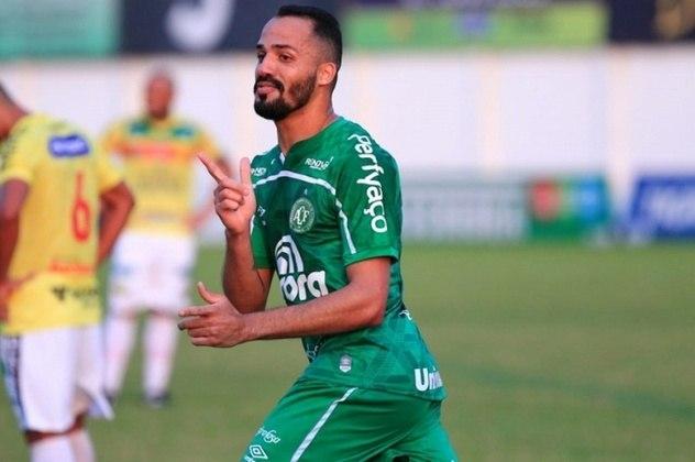 Anselmo Ramon (Chapecoense) - Mais um jogador do líder da competição, Anselmo Ramon vem se destacando com gols e assistências na Chape. O atacante de 32 anos já marcou seis gols e deu dois passes para gol na Série B