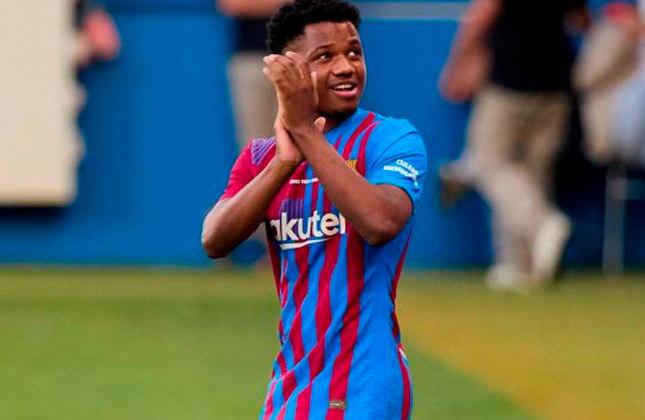 Ansu Fati (18 anos) - Atacante do Barcelona - Valor de mercado: 60 milhões de euros - O Barcelona o trata como um possível sucessor de Messi e tenta sua renovação.