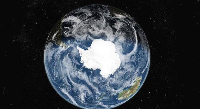 A Antártida é o único continente que não pertence a nenhum país, embora vários reivindiquem uma parte sua