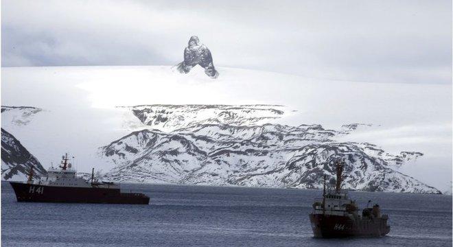 90% do território da Antártida é coberto de gelo
