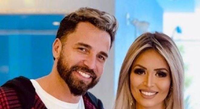 Antes de Rafaella, Latino namorou a cantora Kelly Key