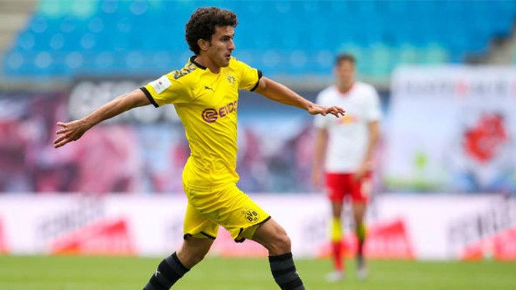 Antes de sair o Barcelona tinha a opção de renovar seu vínculo, mas apostou em Semedo.