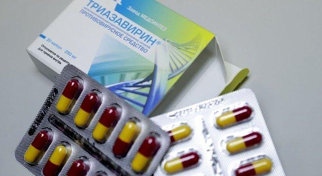 A triazavirina antiviral foi sugerida por pesquisadores da Universidade Federal de Ural, na Rússia, para tratar pacientes com coronavírus