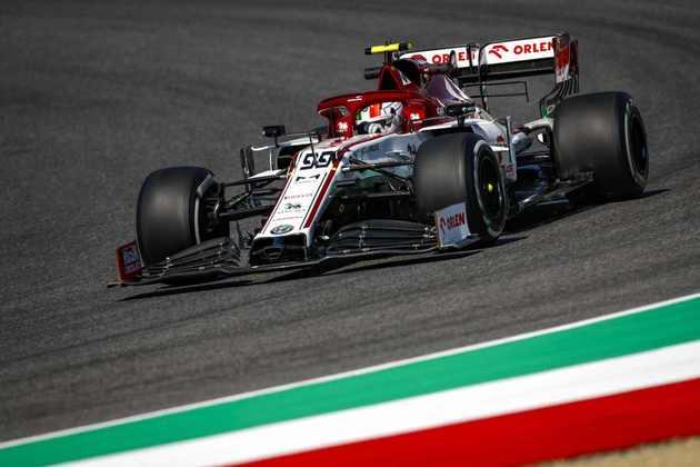 Antonio Giovinazzi ficou apenas em 17º no primeiro dia de treinos para o GP da Toscana
