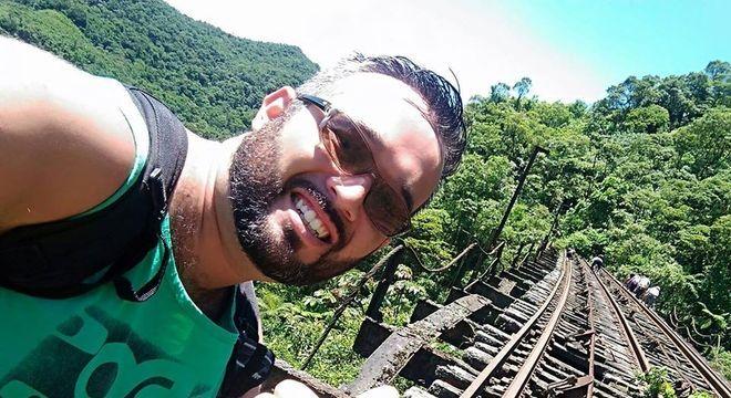 No Facebook, Antonio Raphael Gomes Freitas gostava de publicar fotos de trilhas e esportes de aventura