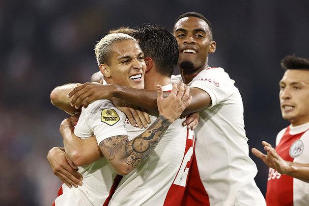 Antony: o jovem brasileiro, que foi convocado para a Seleção Brasileira principal pela primeira vez, vem brilhando neste começo de temporada pelo Ajax. No último fim de semana, anotou um dos gols da vitória da equipe por 3 a 0 sobre o FC Groningen.