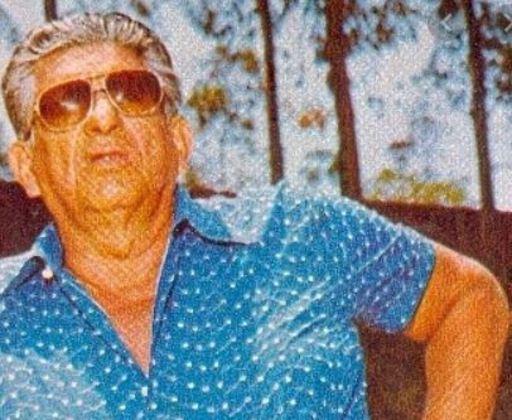 ...... ao aposentar-se tornou-se um dos mais polêmicos treinadores do futebol brasileiro (por isso ele é mais conhecido), comandando seus times como se fosse um militar e com extrema arrogância (incluindo o Flamengo, entre 1970 e 71).  É um dos personagens mais folclóricos do nosso futebol.