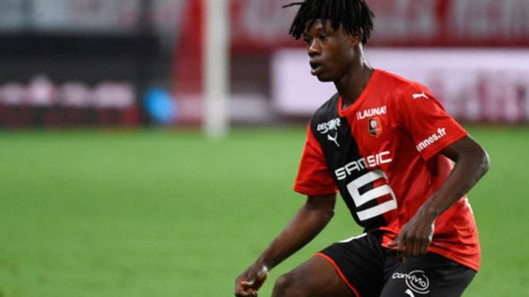 Aos 18 anos o volante Eduardo Camavinga é pretendido por gigantes do futebol europeu.