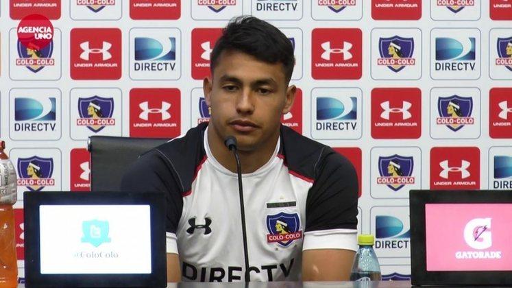 Aos 21 anos, Iván Morales é uma das maiores promessas do futebol chileno. O atacante atua no Colo Colo, clube que o revelou.
