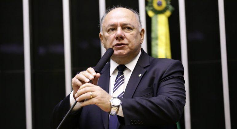 Deputado José Carlos Schiavinato morreu de covid-19 aos 66 anos