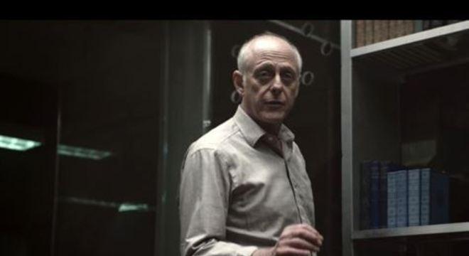 Aos 69 anos, o ator é mais um famoso que faleceu em decorrência do coronavírus