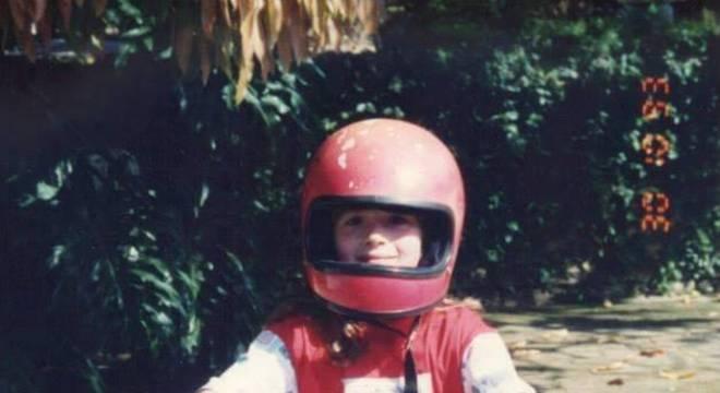 Aos sete anos, Adriana Richter já acelerava uma Brandy / Arquivo Pessoal