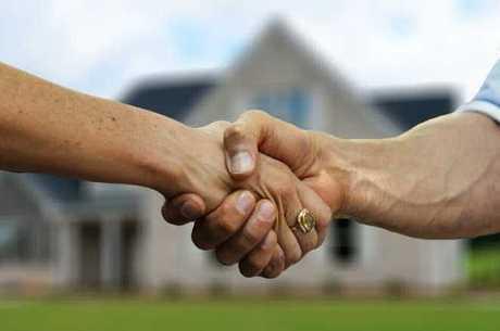 Especialistas defendem negociação entre proprietário e inquilino