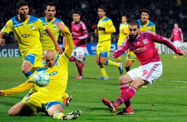 Apoel 1 x 0 Lyon - Oitavas de final, jogo de volta da Champions League de 2011/2012 - Data - 07/03/12 - Estádio - GSP Stadium