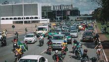 Apoiadores de Bolsonaro fazem carreata contra governadores