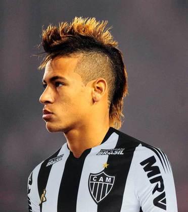 Apoio na web: Neymar de moicano vestindo a camisa do Atlético-MG