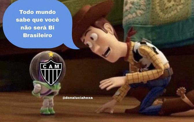 Após a derrota para o Botafogo por 2 a 0 e perder a invencibilidade no Campeonato Brasileiro, o Galo não escapou dos memes na web. Confira!