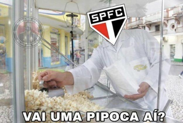 Após abrir 7 pontos de vantagem na liderança do Brasileirão 2020, o São Paulo diminui muito o desempenho e caiu para quarta colocação na competição