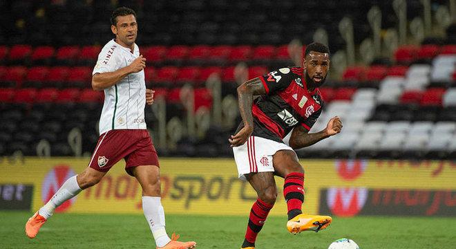 Após abrir o placar com Arrascaeta, o Flamengo voltou mal do intervalo e sofreu a virada do Fluminense: derrota por 2 a 1 no Maracanã, que mantém o Rubro-Negro com 49 pontos no Brasileirão. Confira as notas do LANCE! (Por Matheus Dantas - matheusdantas@lancenet.com.br)