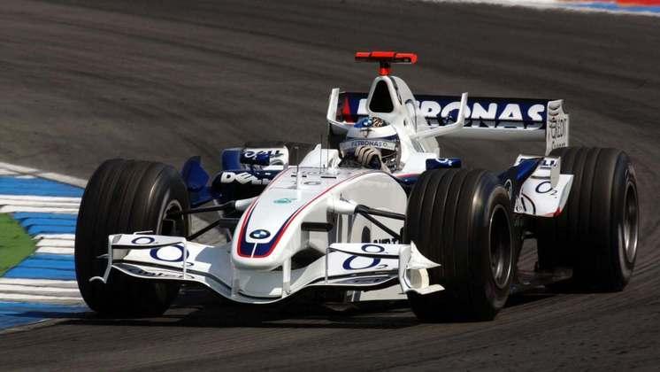 Após desempenho ruim e um acidente, Jacques Villeneuve foi afastado da BMW em 2006 e deu lugar para Robert Kubica.