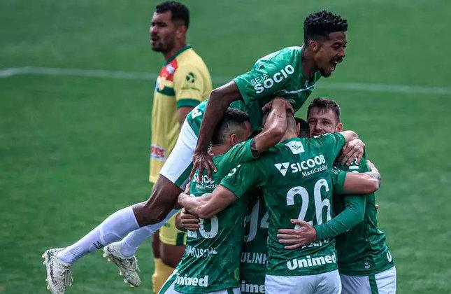 Após empatar por 1 a 1 com o Atlético-GO em duelo válido pela 17ª rodada do Campeonato Brasileiro 2021, a Chape se tornou a equipe que mais demora para obter a primeira vitória na Série A do Brasileirão dos pontos corridos (de 2003 até atualmente). Veja o ranking completo.