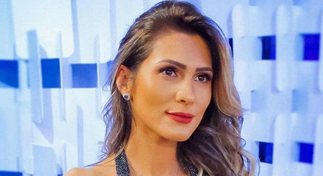 Livia Andrade foi dispensada pela emissora