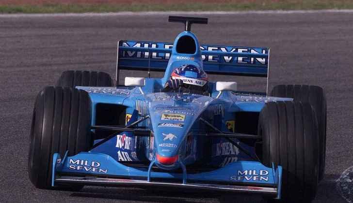 Após se destacar pela Fórmula 3000 Internacional, ele ganhou a chance de participar de um teste da Michelin, que voltaria a fornecer pneus para equipes em 2001