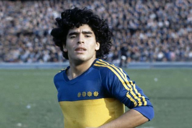 Após seis anos com o Argentinos Juniors, Maradona foi para o Boca Juniors, onde teve duas passagens (de 1981 a 1982, e depois de 1995 a 1997).