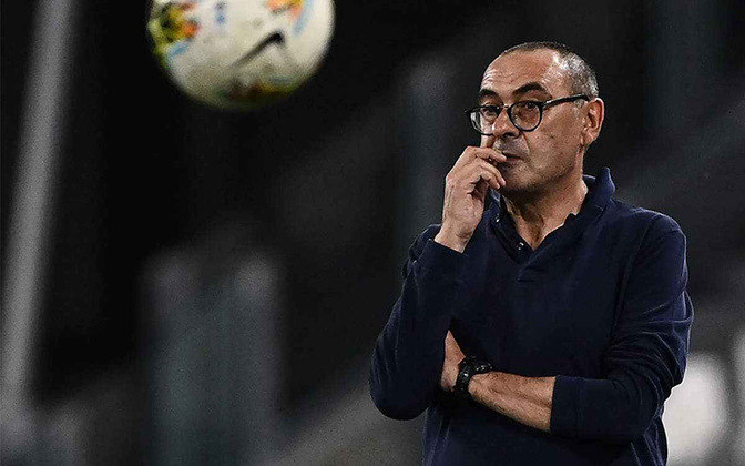 Após ser demitido da Juventus, Maurizio Sarri está solto no mercado.