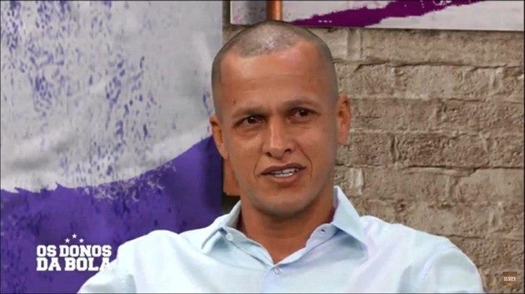 Após sua aposentadoria, Souza virou comentarista fixo do programa 'Os Donos da Bola', da BAND.