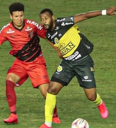 Após ter obtido a segunda melhor campanha na fase de grupos do Campeonato Paranaense, o FC Cascavel despachou o Rio Branco nas quartas de final em grande estilo. Só foi parar nas semis, contra o Athletico-PR.