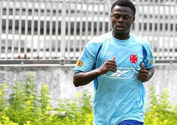 Após uma rápida passagem pelo Internacional, o atacante nigeriano Abubakar assinou com o Vasco em 2008. Porém, fez somente 4 partidas e não marcou gols.
