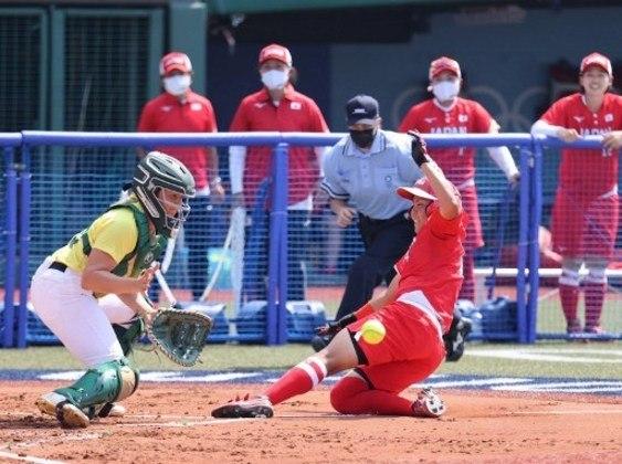 Após vencer a Austrália na estreia, a seleção feminina do Japão de Softbol conquistou a segunda vitória na Olimpíada. Desta vez a equipe japonesa bateu o México por 3 a 2.